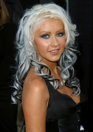 christina aguilera hair style picture
