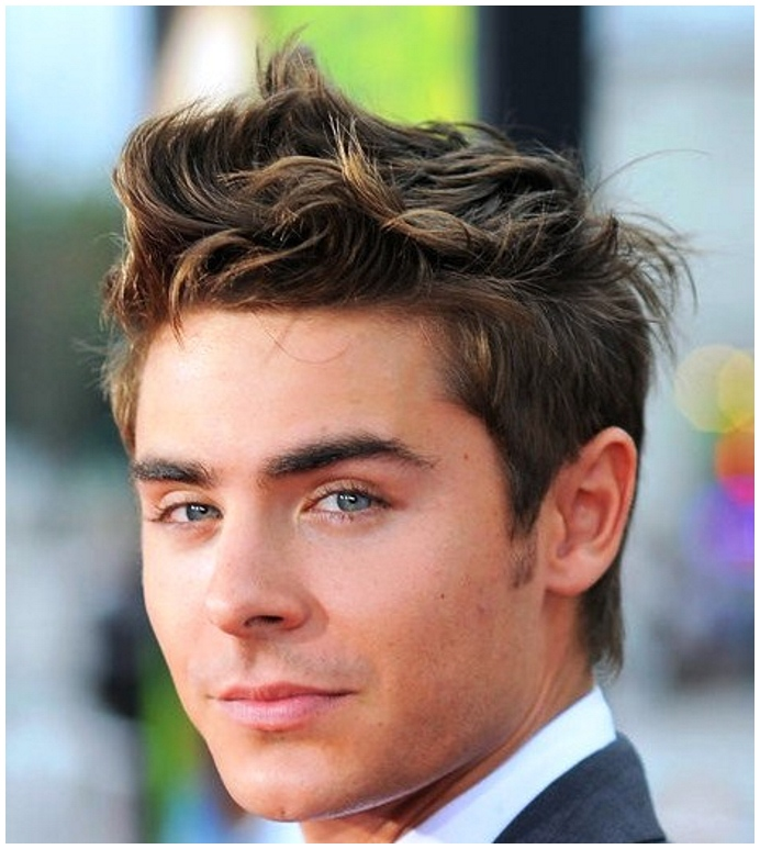 Blonde Highlights with short hairstyle for men
